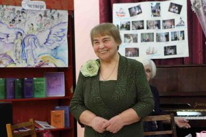 Елене Ивановне Флягиной есть что вспомнить и о чём рассказать,  она 20 лет редактирует страницы «Литературного четверга».