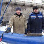Сварщик Андрей Дмитриев и монтажник Владимир Данилов имеют большой опыт в установке различных очистных систем.