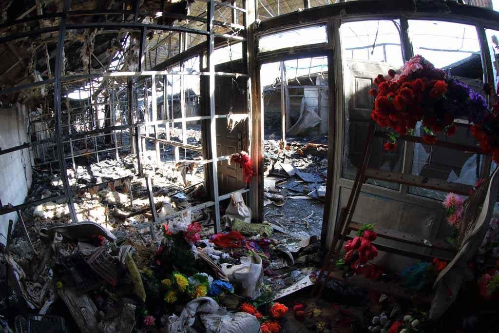Учитывая горючую загруженность объекта, пожару был присвоен повышенный уровень сложности.