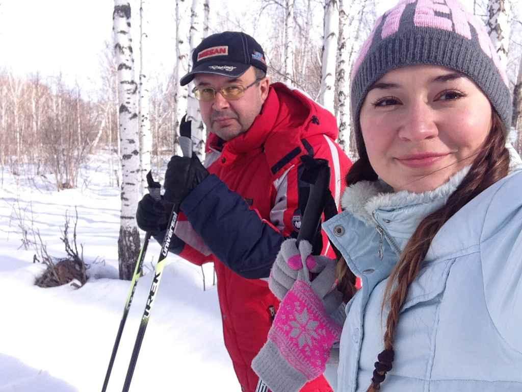 «С отцом на лыжах». Автор - Ксения Буйских, место - лыжная база «Масляны», 2016 февраль года