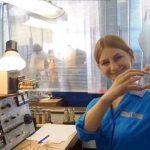 Контролёр УТК Камышловского электротехнического завода Татьяна Верёвкина признаётся в любви городу. Жест в виде сердца стал лейтмотивом видеоролика, снятого сотрудниками ДДТ к 352-летию Камышлова. В съёмках приняло участие более 10 предприятий и организаций.