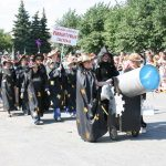 Много лет карнавальное шествие было одним из главных украшений дня рождения Камышлова.