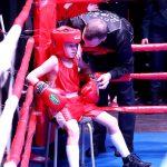 Тренер по боксу Камышлова А.Н. Койтов с воспитанником Павлом Квашниным на турнире в Баранниковском ДК.
