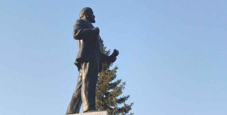Памятник обновят