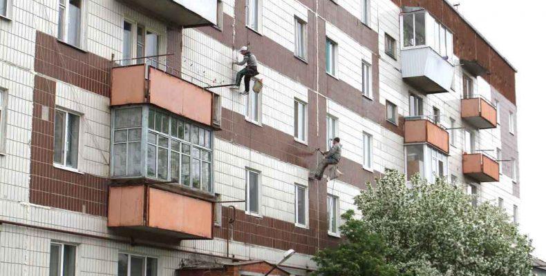 Работают альпинисты