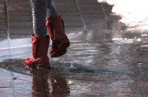 Мокрые неудобства