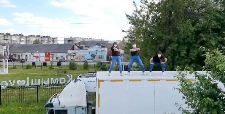 Танец для студийцев (видео)