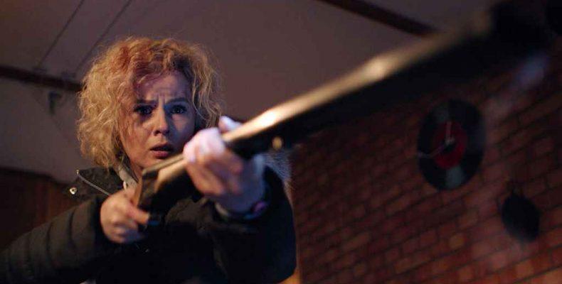 Женщина с ружьём, или Кровавый триллер с глубоким подтекстом от камышловца (18+)