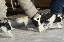 В Ожгихе в хоккей играют все!
