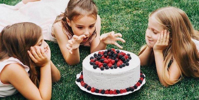 Я иду к тебе с тортом